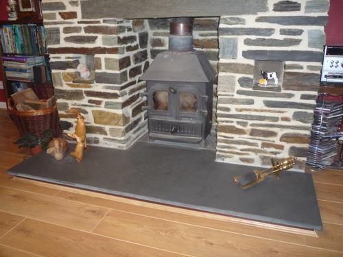Black Slate Floor Tiles >> Slate Flooring Cornwall